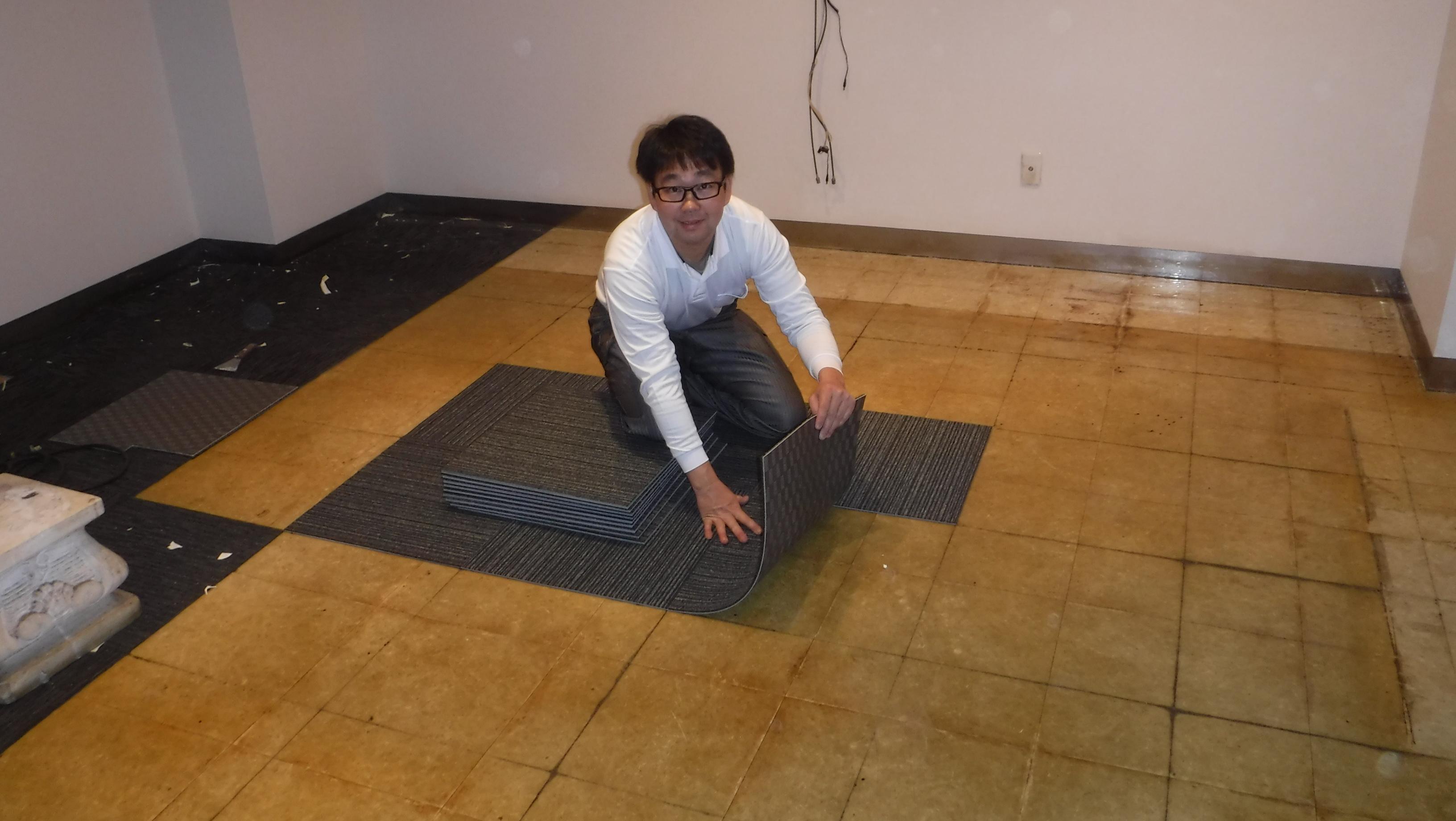 中州 テナントビル 内装リフォーム⑤『床 タイルカーペット貼り』